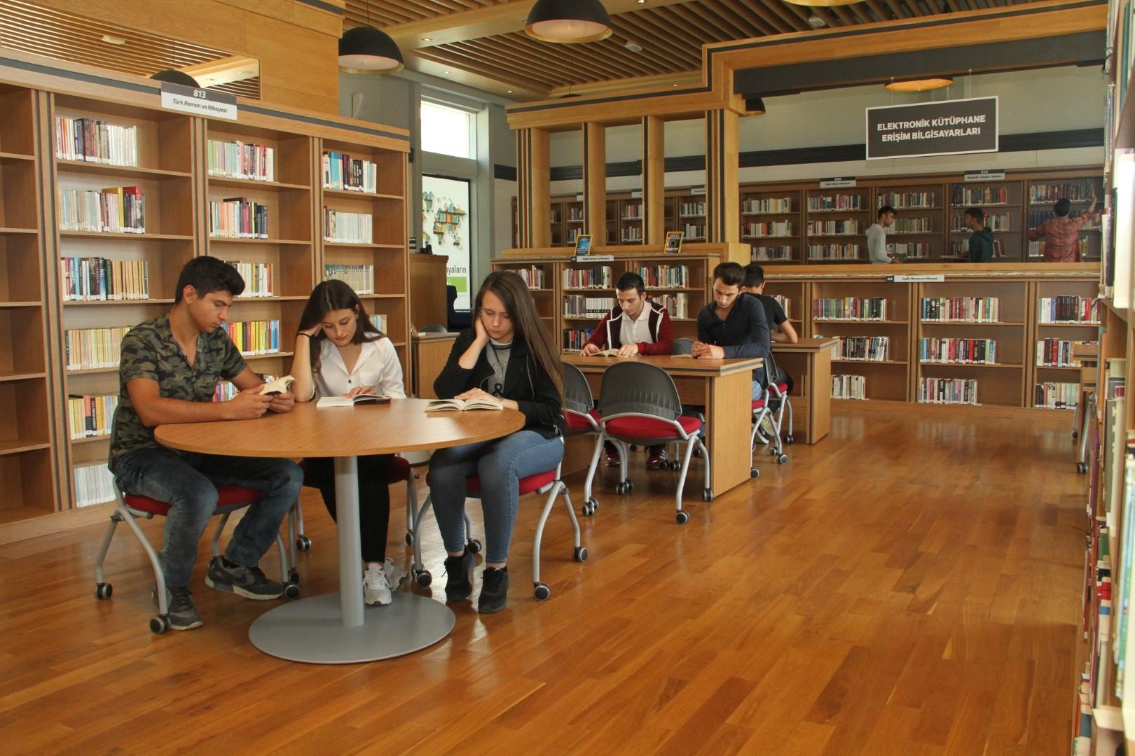124 bin kitap okuyucusunu bekliyor