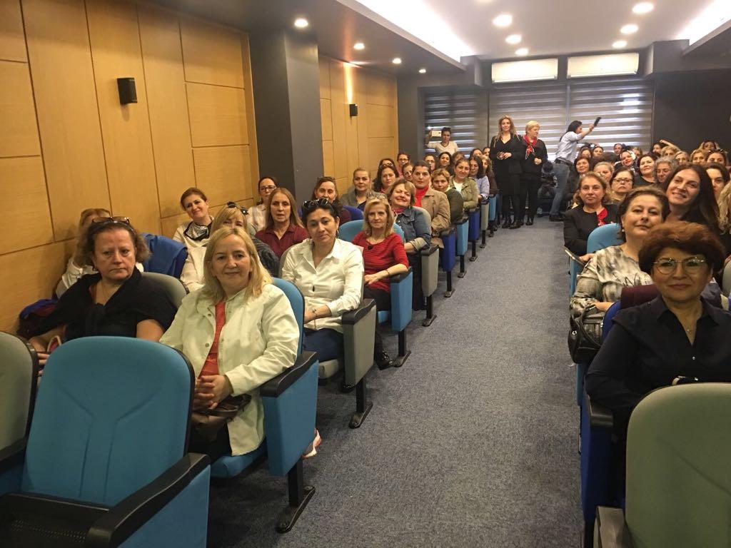 CHP'li kadınlar eğitimden geçti