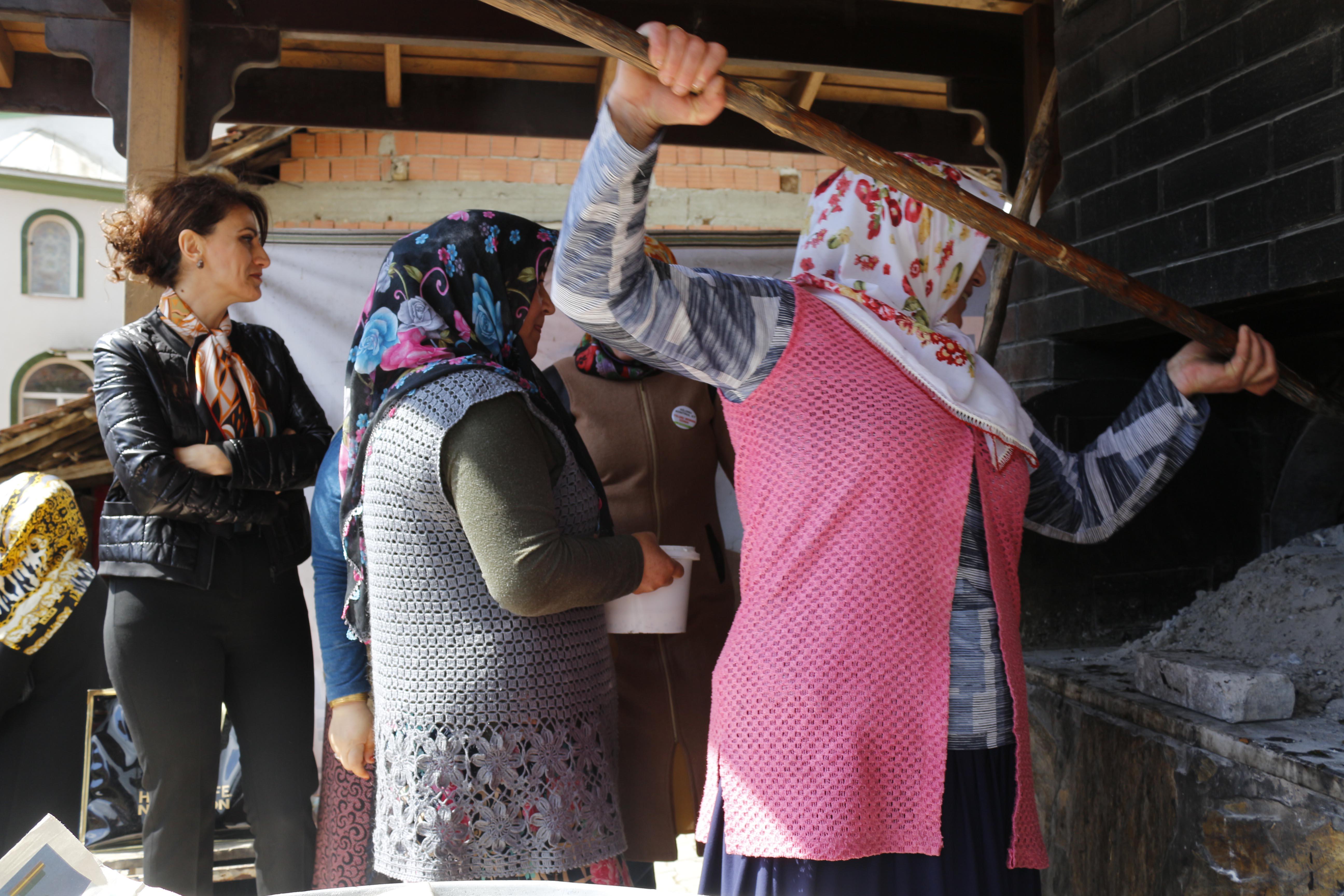 77 bin kadına eğitim verildi