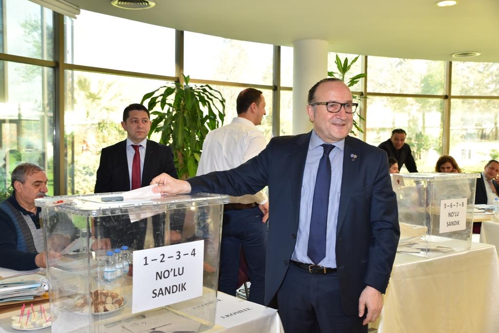 """ Zeytinoğlu güven tazeledi"""