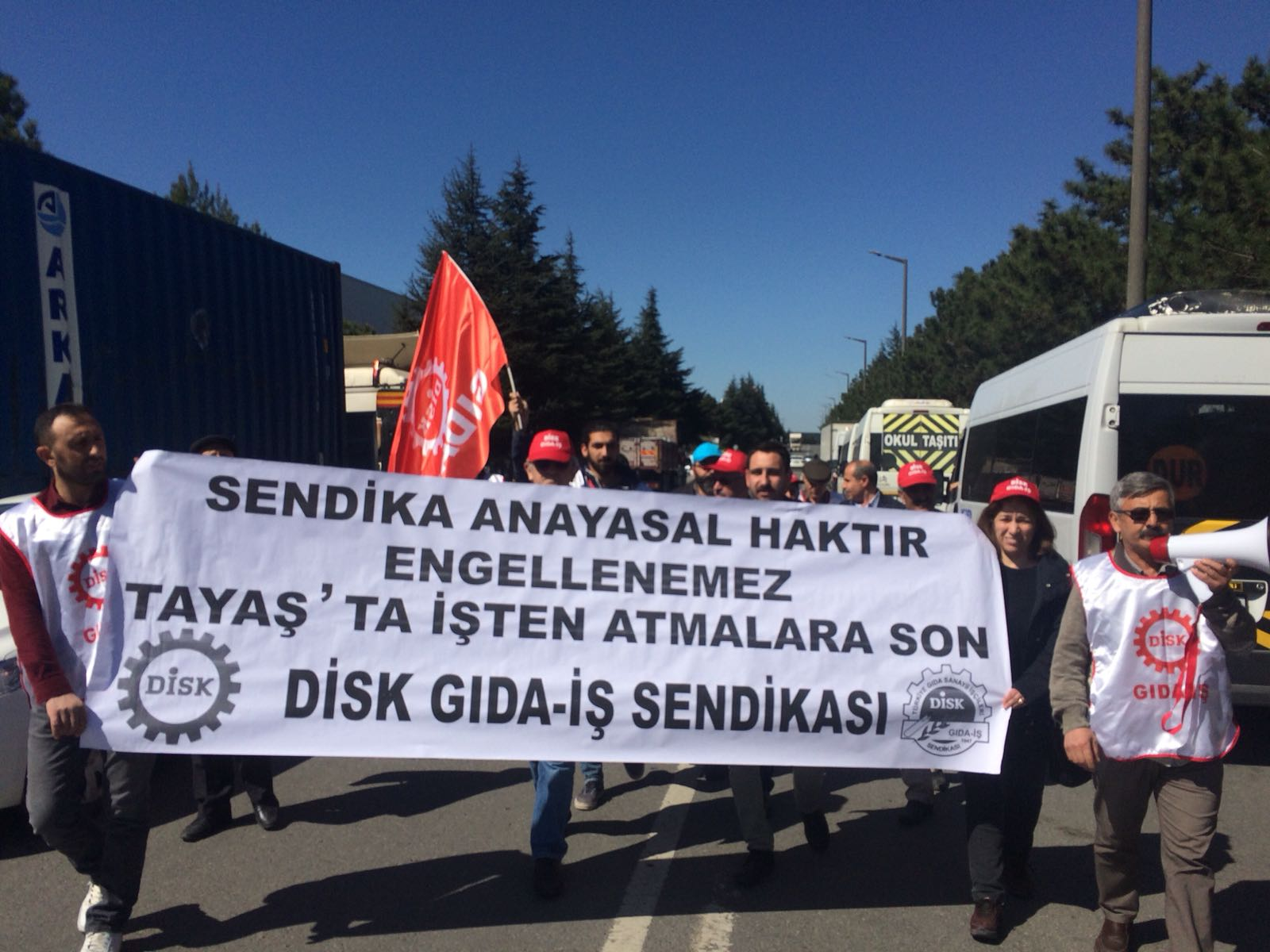 TAYAŞ fabrikasını protesto ettiler