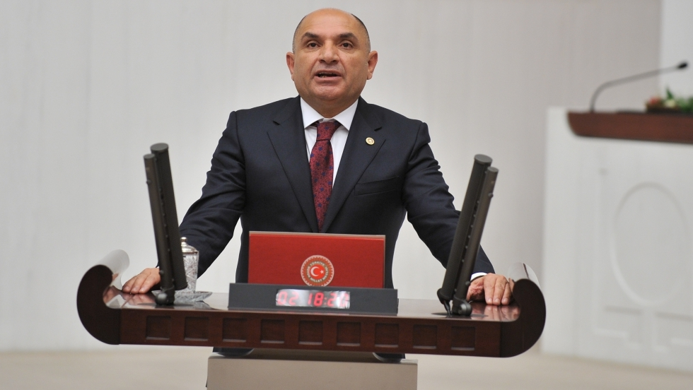 Tarhan, Prof. Dr. Onur Hamzaoğlu'nu ziyaret etti