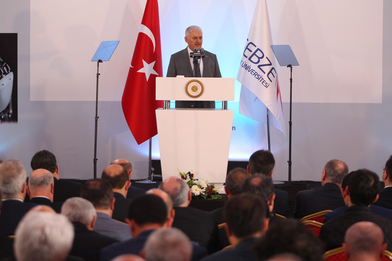 Başbakan GTÜ'nün 'Sanayi ve Teknoloji Zirvesi' ne katıldı