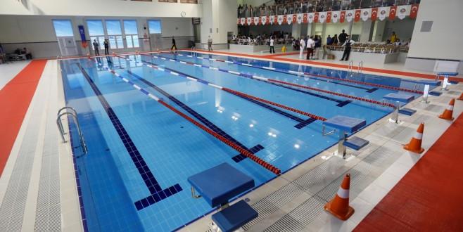 Çayırova'nın İlk Yarı Olimpik Yüzme Havuzu Açılıyor