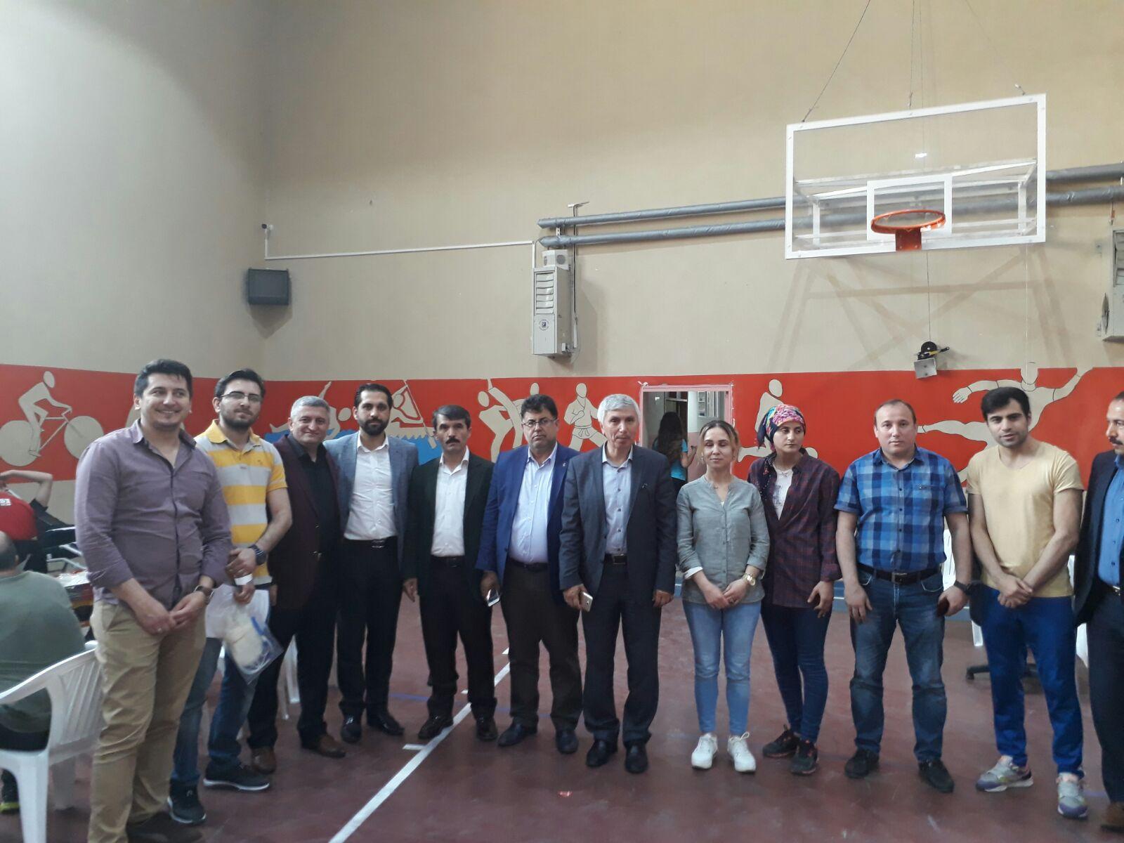 Cumhuriyet Anadolu Lisesi'nden kan bağışı