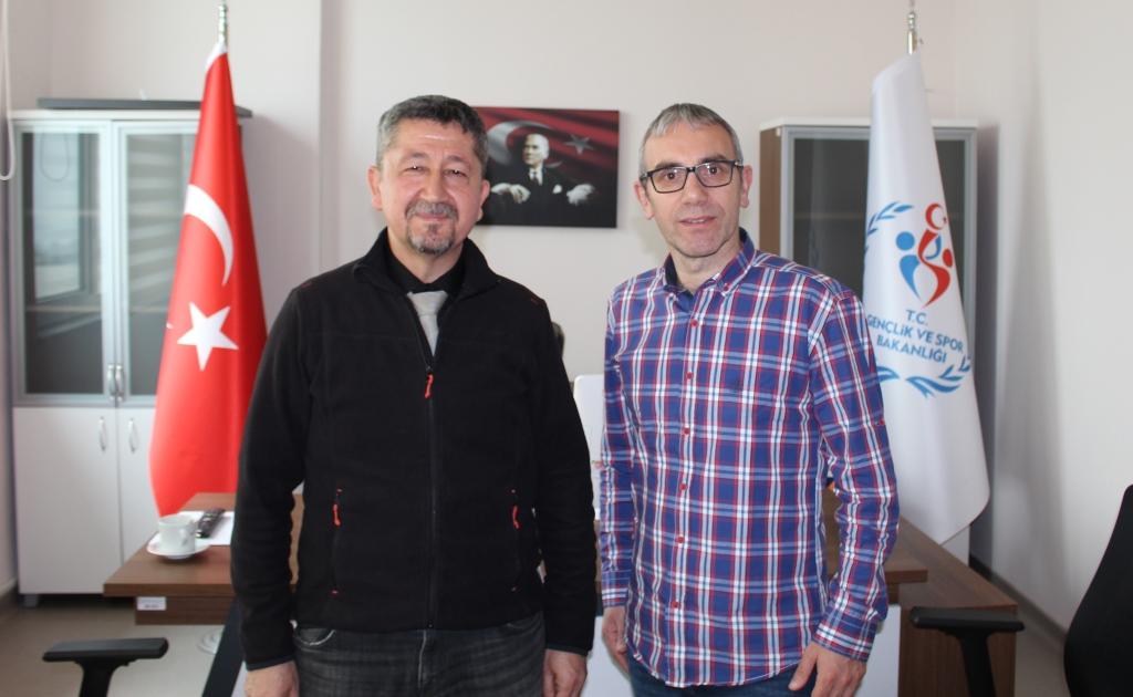 Rıdvan Şükür, Darıca'da ilçe spor Müdürü'nün misafiri oldu.