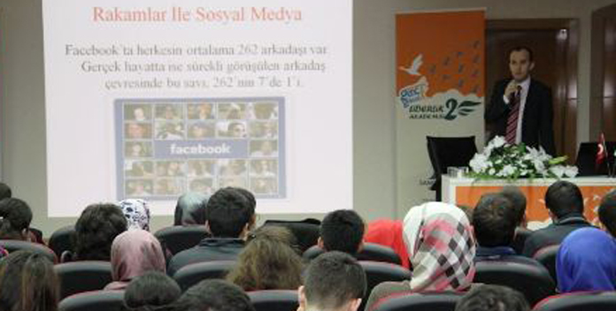 Yılın en iyi Haber Sunucusu Cem Öğretir Gebze'de