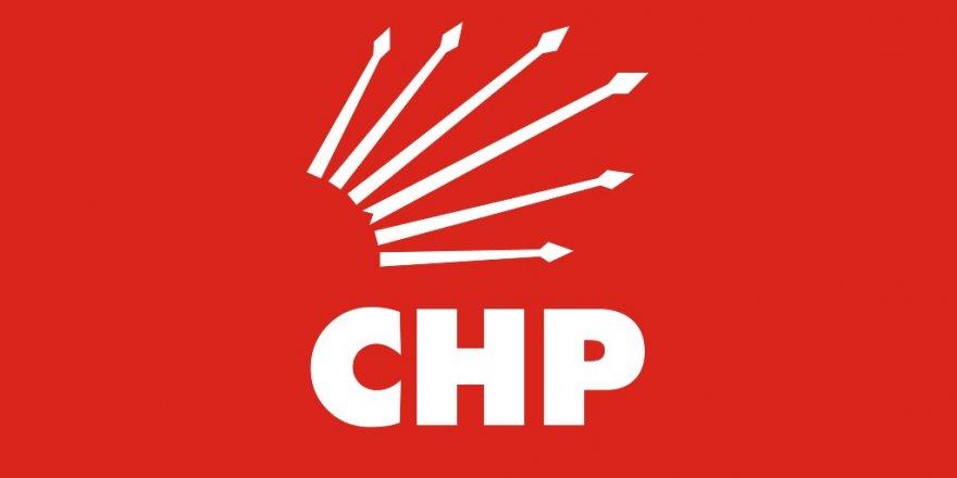 CHP'de kurultay için 9 isim imza verdi