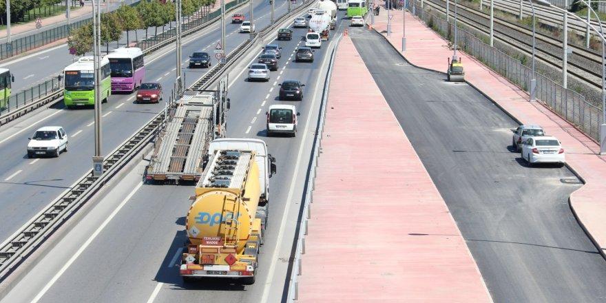Toplu taşıma araçlarının ek şeridi açılıyor