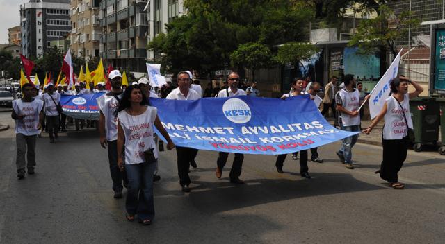 KESK'liler dört koldan Ankara'ya yürüyor