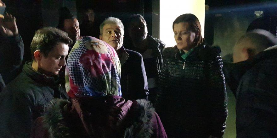 Hürriyet'ten evleri yanan aileye geçmiş olsun ziyareti