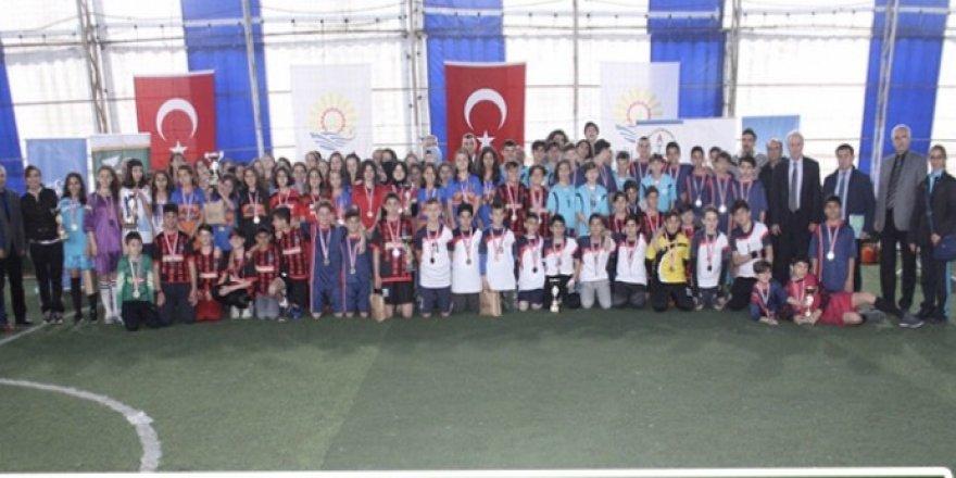 Ulusal Egemenlik turnuvası tamamlandı