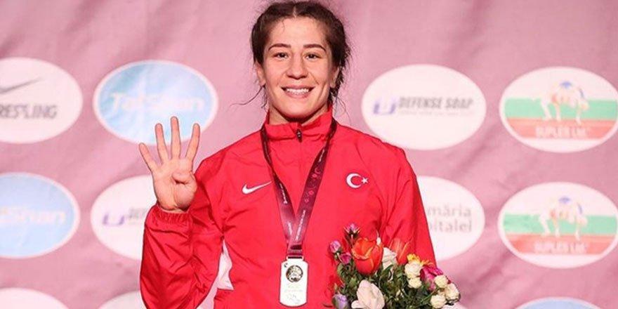 Milli Güreşçi Yasemin Adar, 4. Kez Avrupa Şampiyonu