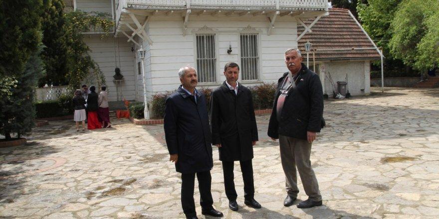 ZİNNUR BÜYÜKGÖZOsman Hamdi Bey Evi'nde inceleme yaptı