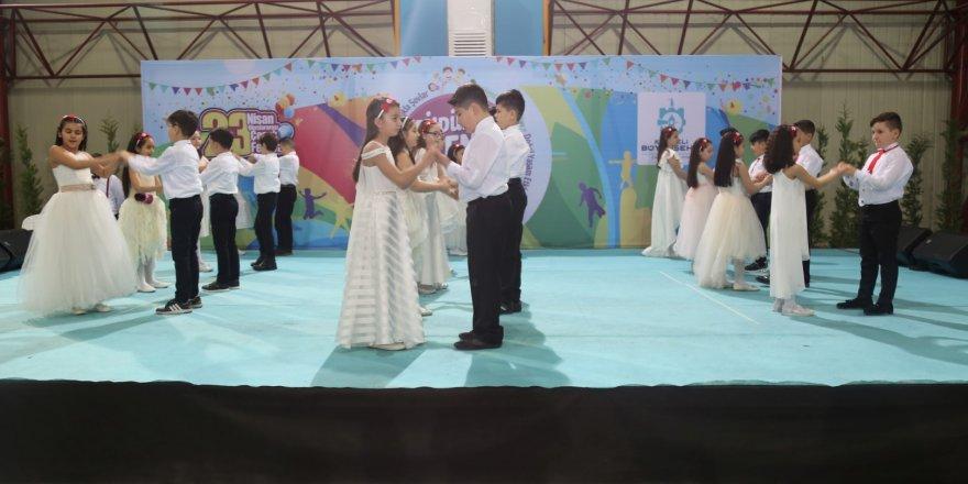Büyükşehir'in 23 Nisan Uluslararası Çocuk Festivali 2. Gününde coşkuyla devam etti