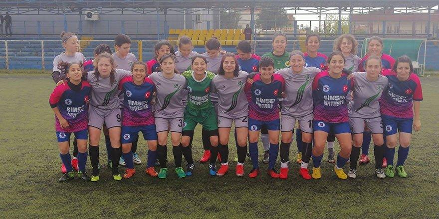 Kocaeli Bayan FK mutlu dönüyor