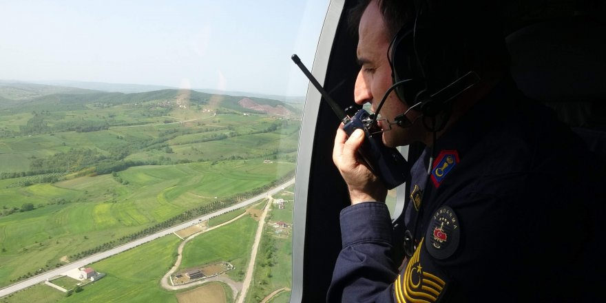 9 ARAÇ TESPİT EDİLEREK CEZA KESİLDİ: Kocaeli'de havadan denetim