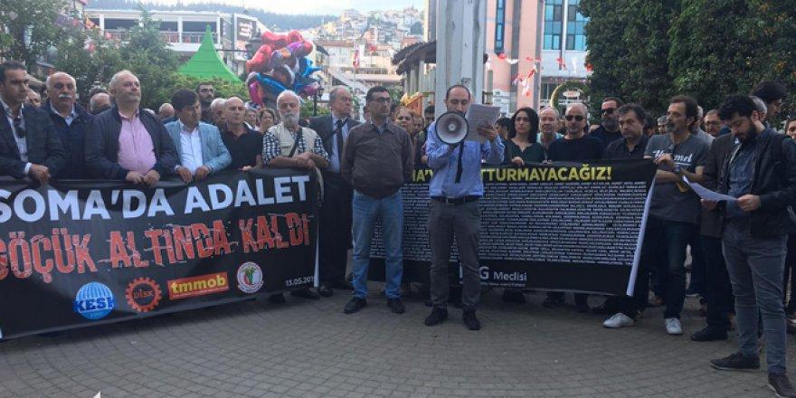 """SOMA'DA İŞ KAZASININ YILDÖNÜMÜ:  """"Adalet göçük altında kaldı"""""""