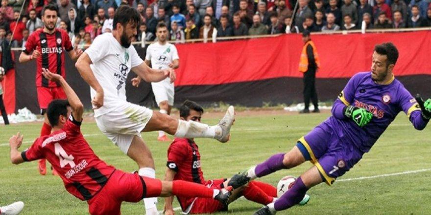 Çorumspor'da iki futbolcu kadro dışı
