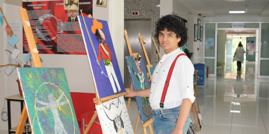 Otizmli Furkan'dan resim sergisi
