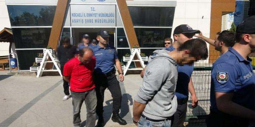 GEBZE'DE:  Fuhuş çetesine operasyon: 25 gözaltı
