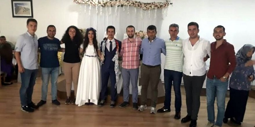 Genç hakem Özgür Yeşilyurt evlendi