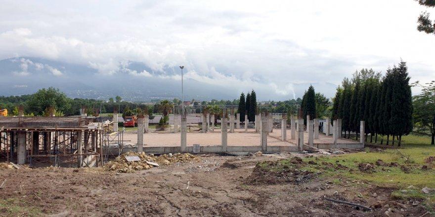 Kültür Merkezi'nin temel kaba inşaatı tamamlandı