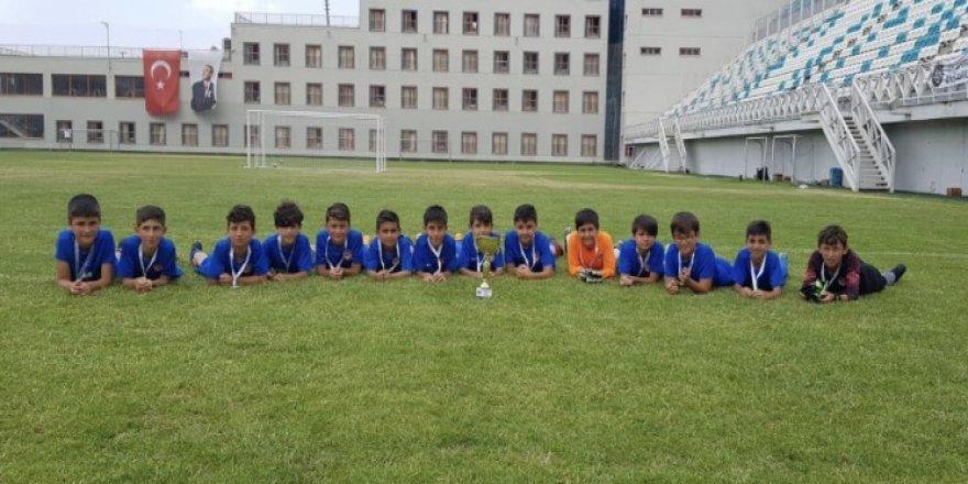 41 FK, U-9 takımı Bursa'dan 3. döndü