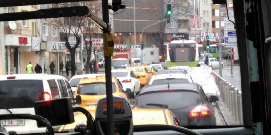 Gebze'de trafik tamda bu halde!