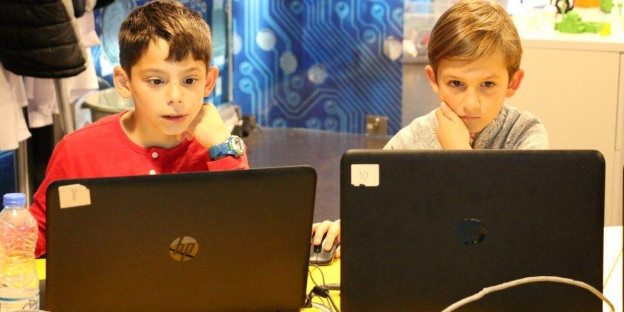 BİLİM MERKEZİ:Yaz akademileri başlıyor