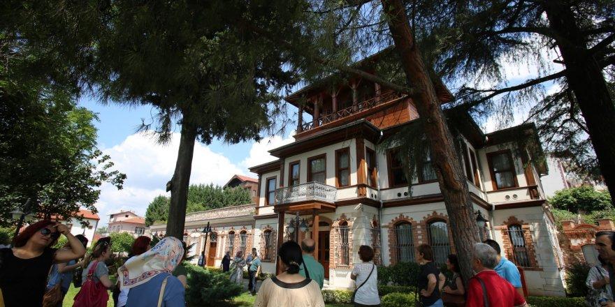 Kocaeli'nin en görkemli yapılarından biri:  130 yıllık Sırrı Paşa Konağı sizleri bekliyor