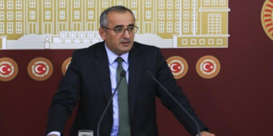 Haydar Akar'a komisyon görevi