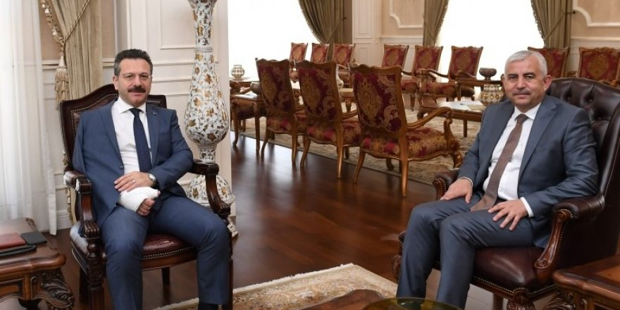Yeni genel sekreter Vali Aksoy'u ziyaret etti