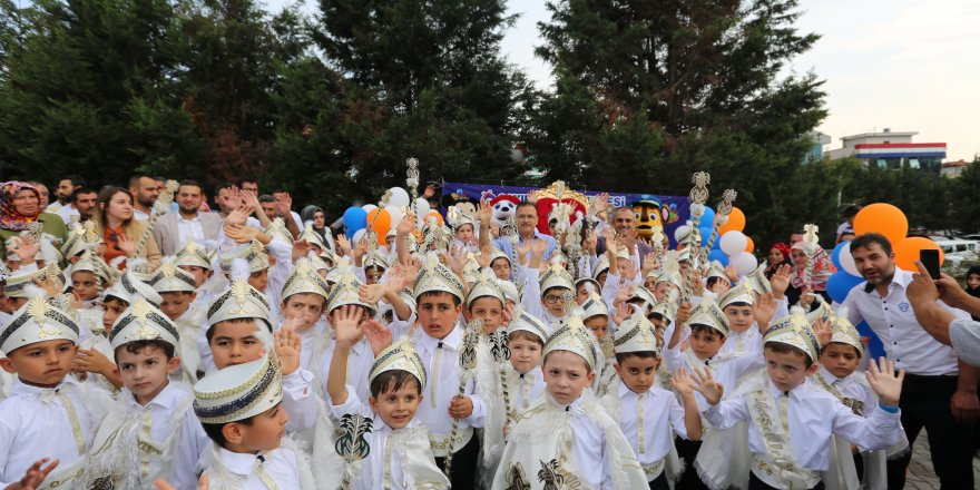 Çayırova'da sünnet şöleni