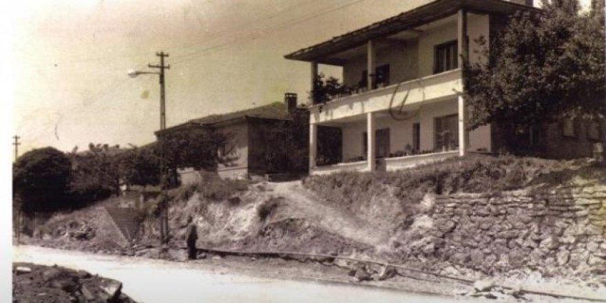 Kızılay Caddesi.. Fotoğraf eski Gebze'den.
