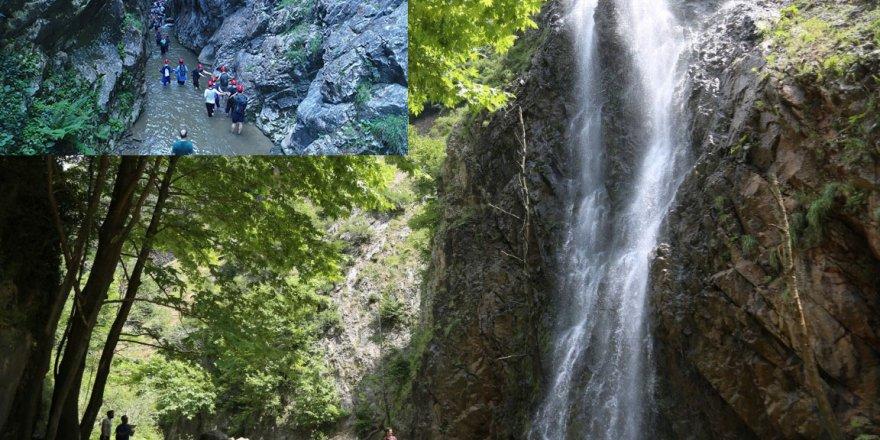 SERİNDERE ŞELALESİ: Doğa tutkunları akın ediyor