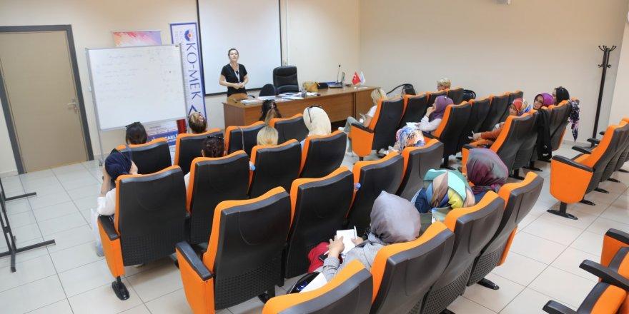 KO-MEK seminerler başlatıldı