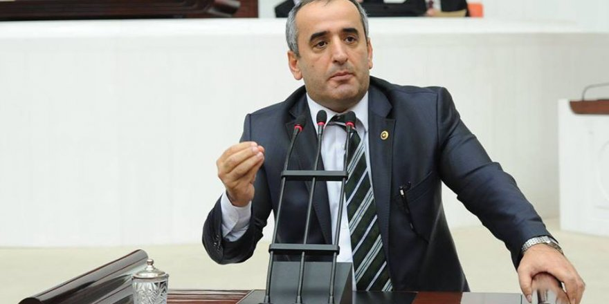 CHP'Lİ AKAR'DAN: AKP ve MHP'li vekillere 'tatil' tepkisi