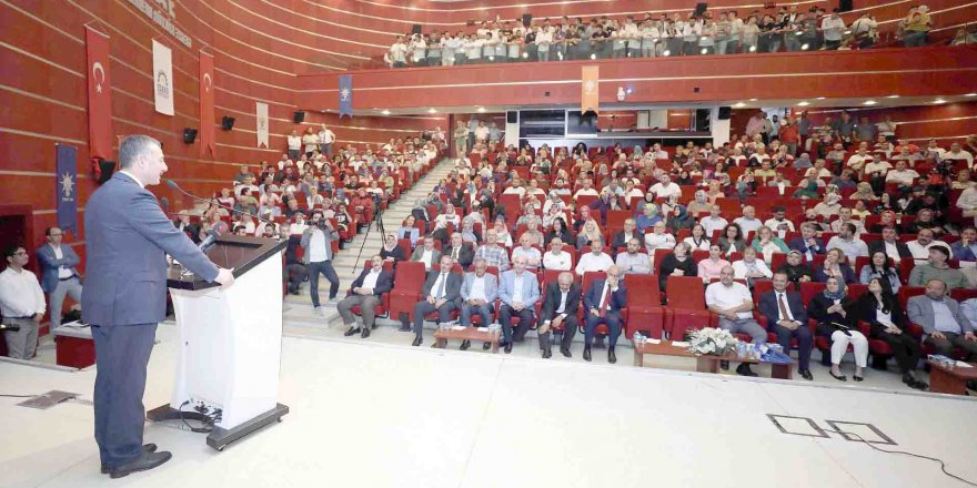 Gebze'de ki toplantıya katıldı