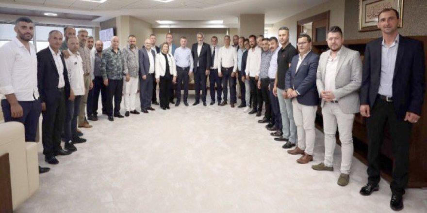 Başkan Büyükakın Murat Aydın ve yönetimini ağırladı
