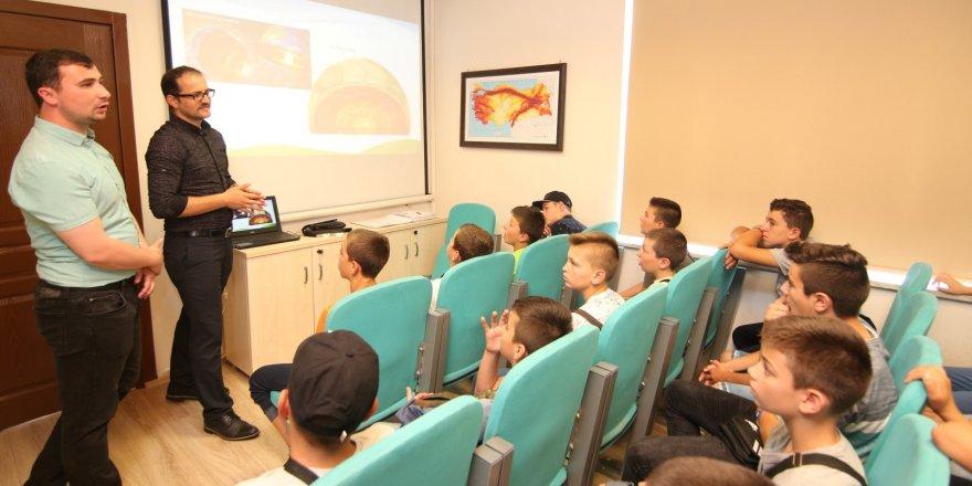 Bulgaristanlı Türk öğrencilere, deprem eğitimi