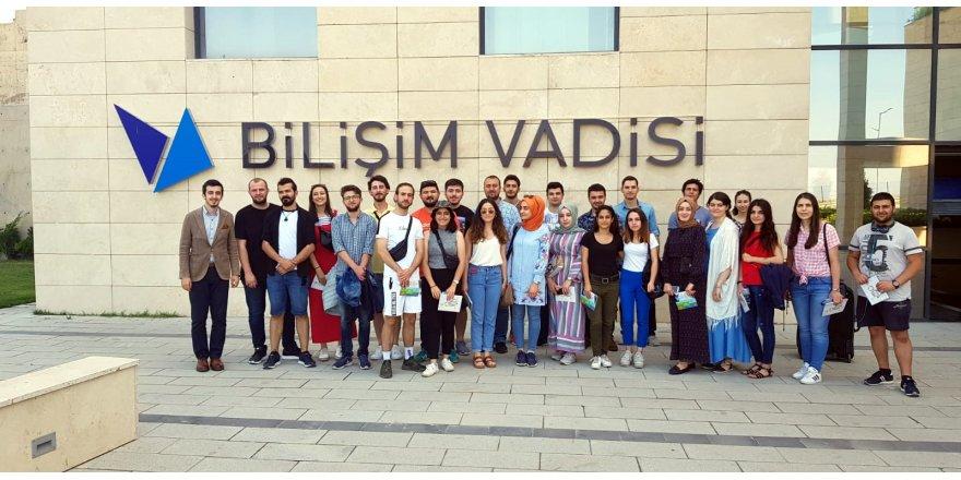 GTÜ'den Sivas'a bilişim eğitimi