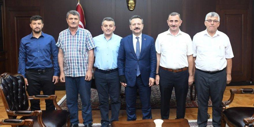 Muhtarlar Aksoy'u ziyaret etti