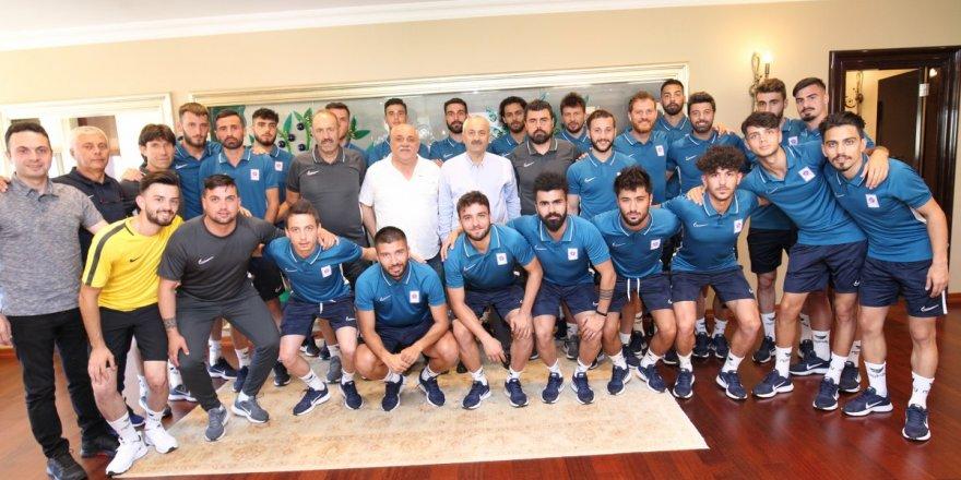 Başkan Büyükgöz Gebzespor'u ağırladı