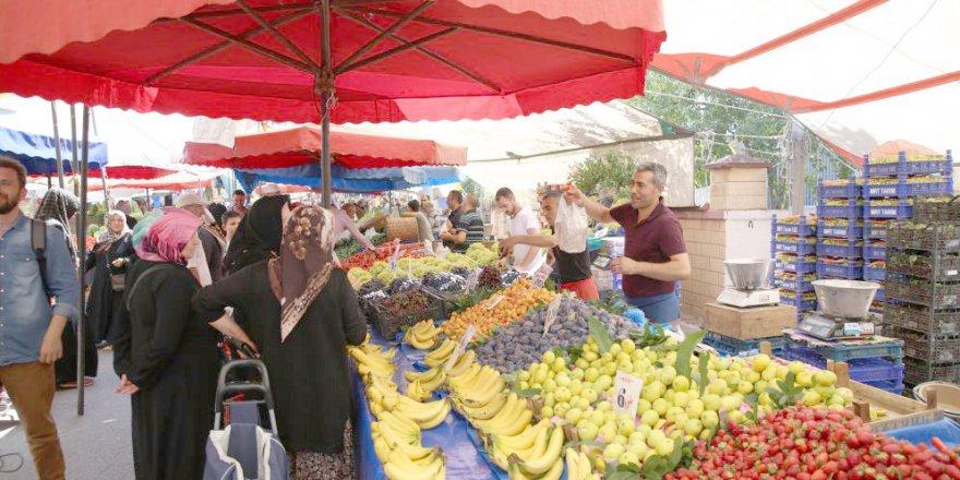 ÇAYIROVA: Yeni kurulan pazardan memnunlar