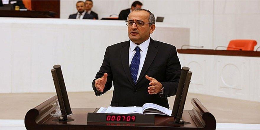 """HAYDAR AKAR:  """"Büyükşehir ve ilçe belediyeleri borç içinde yüzüyor"""""""