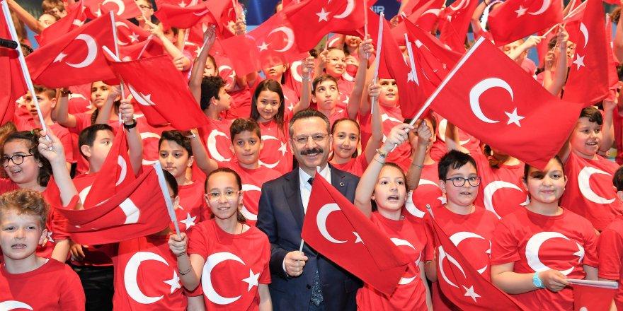 """VALİ AKSOY:""""Ülkemizin geleceği eğitimdedir"""""""