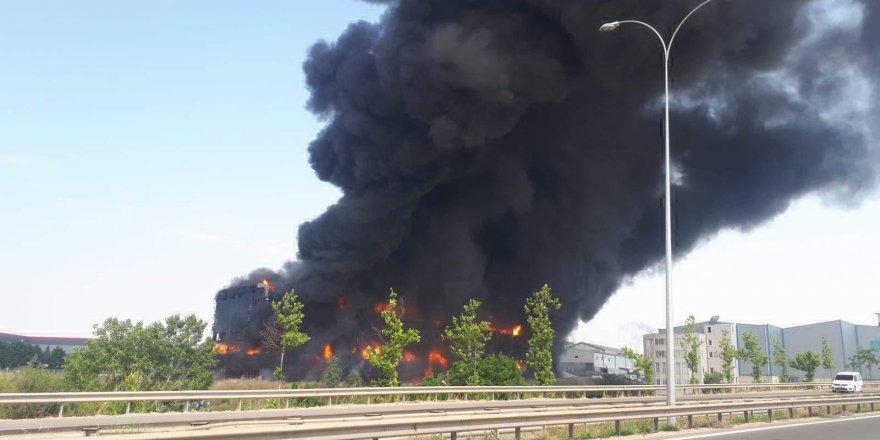 Çayırova'da ki fabrika yangınında büyük ihmal!