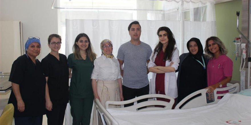 GEBZE FATİH DEVLET HASTANESİ: Koltuk altı terlemesine cerrahi çözüm