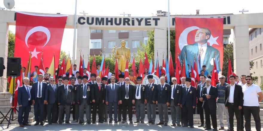 Darıca'da Gaziler Günü kutlaması
